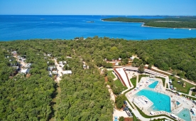 Campsite with the most beautiful beaches in Istria, Croatia - Mon Perin, Bale